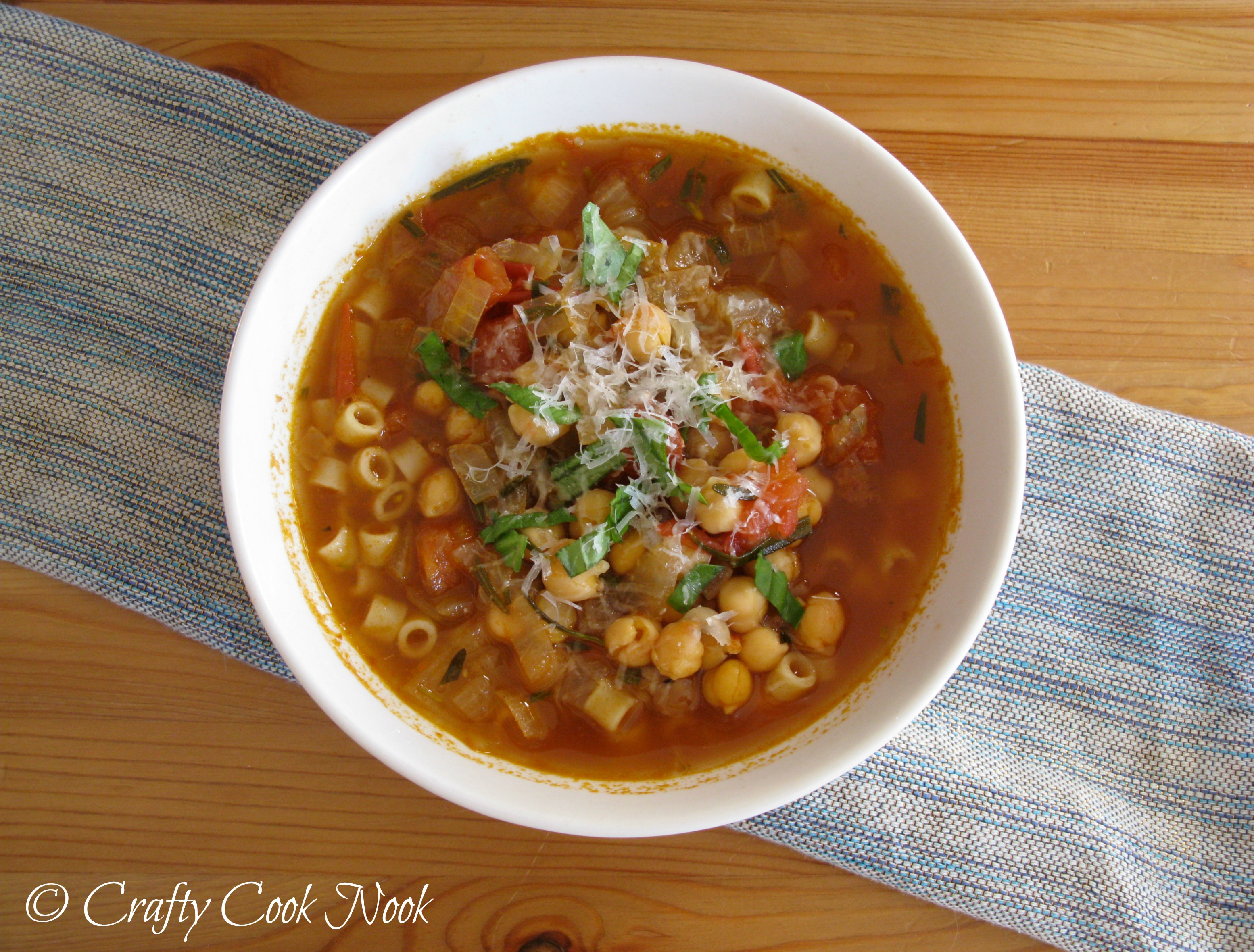 Pasta E Ceci (Chickpeas and Pasta) Soup: Quick and Tasty Mid-Week Soup ...