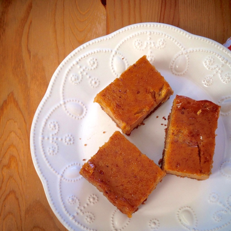 Maple Spice Pumpkin Pie Bars